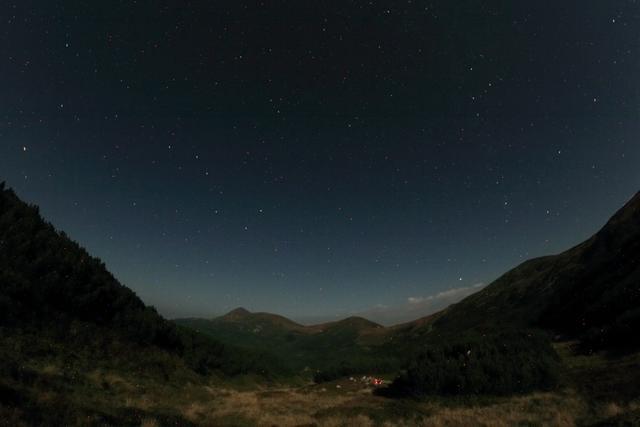 Ночь в Карпатах