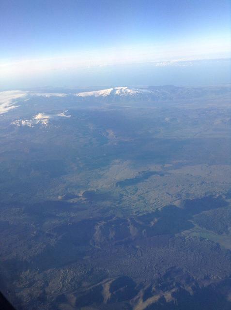 Исландия из окна самолета