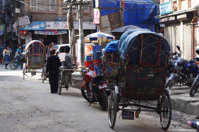 Уличный транспорт в Непале