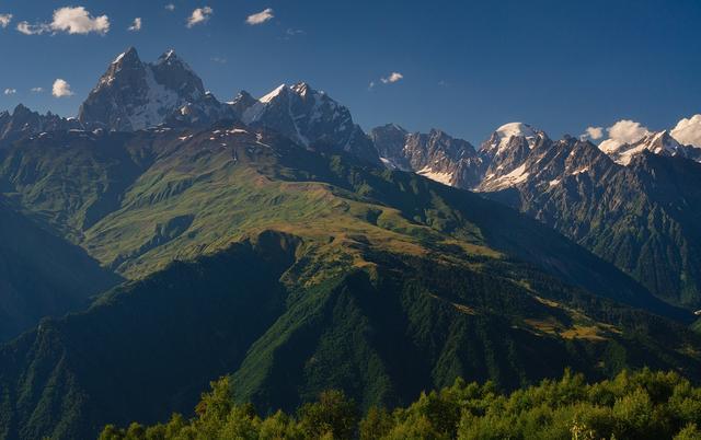 Скалистые вершины