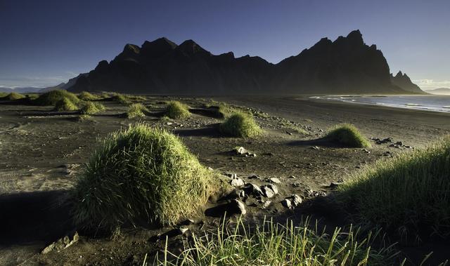 Песчаный пляж Исландии