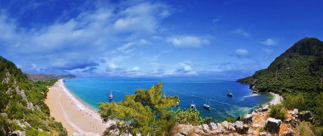 море в Чирали