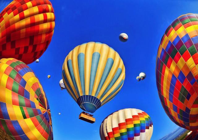 воздушные шары утром