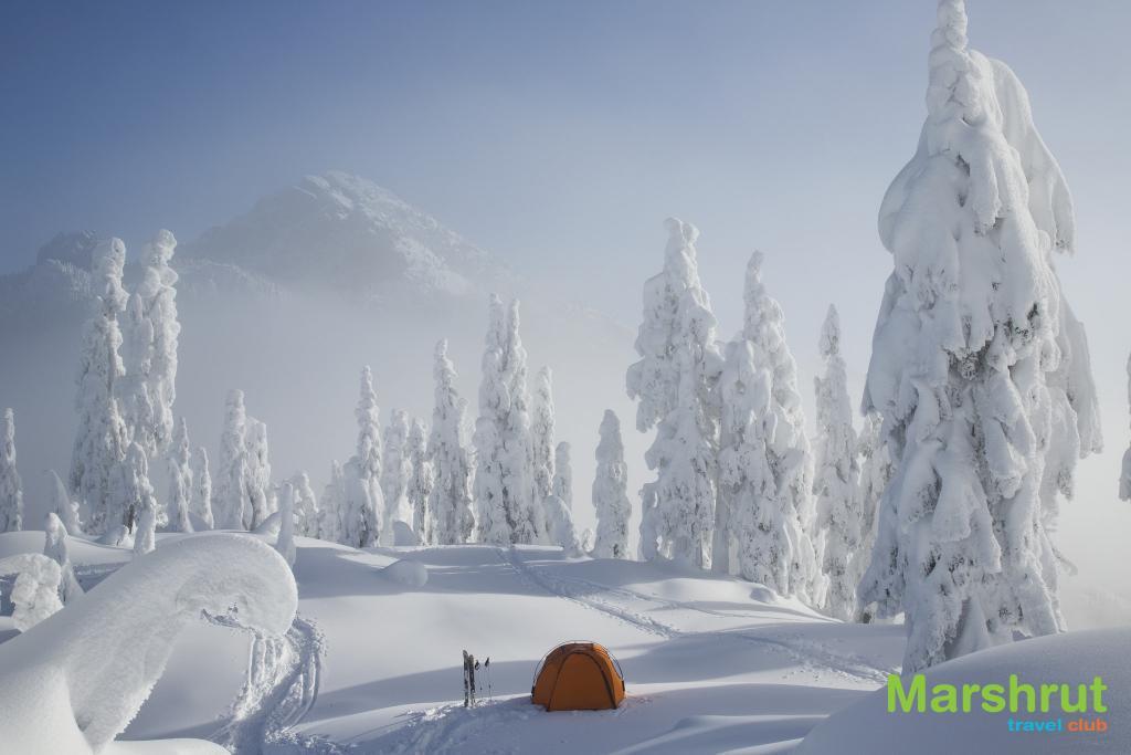 Зимний поход в горы с палаткой
